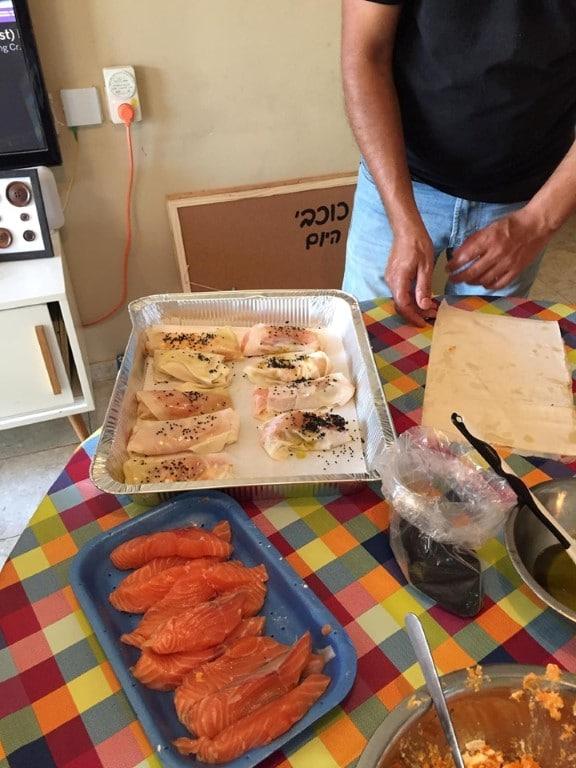 סדנת דגים - החבר'ה למעשים טובים